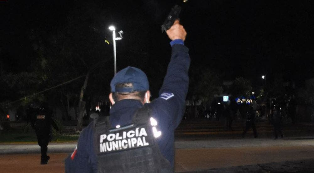 Fiscalía procesa a 11 policías que dispararon en marcha feminista el pasado 9 de noviembre