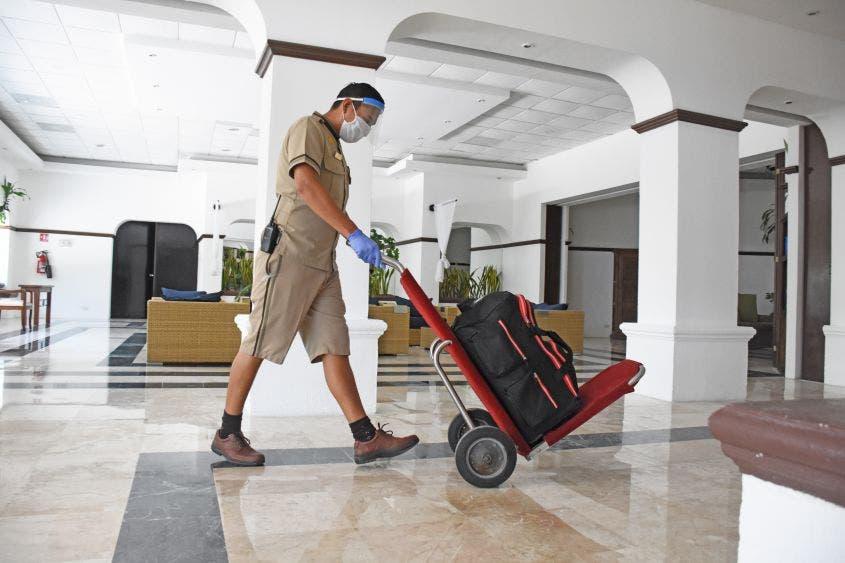 Hoteleros pagarán aguinaldo pese a la crisis económica generada por la pandemia