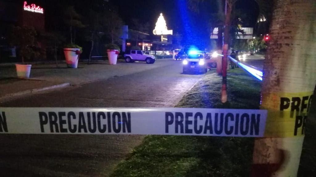 Asesinan a Aristóteles Sandoval, exgobernador de Jalisco; los hechos se registraron en un bar de la Zona Hotelera de Puerto Vallarta.