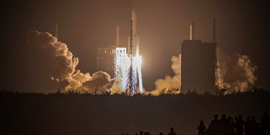 Sonda china logra quedarse en la Luna