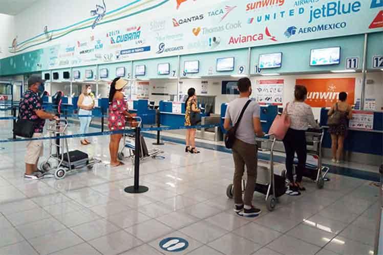 ¿Viajarás a Cuba? Habrá reducción en vuelos internacionales, checa la lista