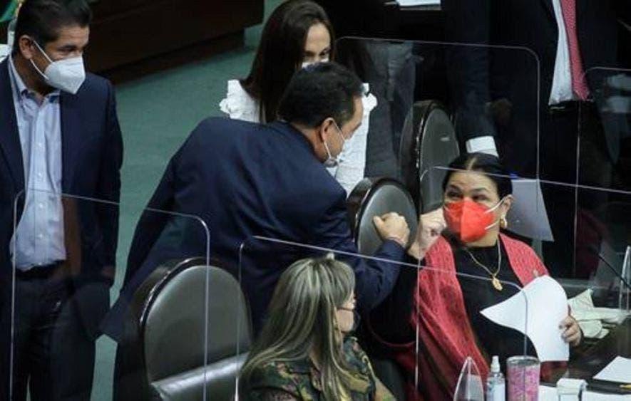 Postergan Diputados reforma a ley de Banxico para 2021