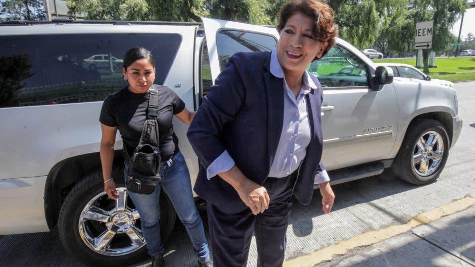 Suena Delfina para reemplazar a Moctezuma al frente de la SEP