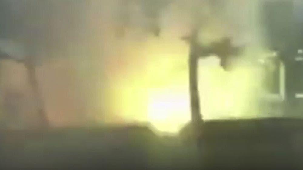 Video: Estalla puesto de pirotecnia en Cancún