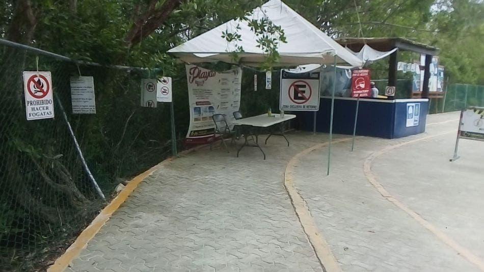 Abandonan filtros sanitarios en Playa Del Carmen