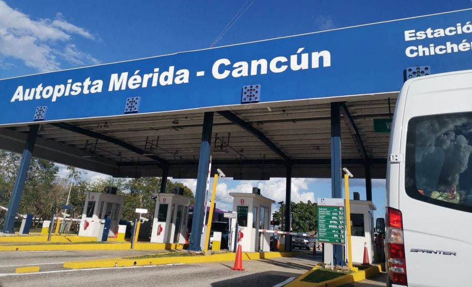 Más de mil quejas contra autopista Cancún-Mérida concesionada a ICA.