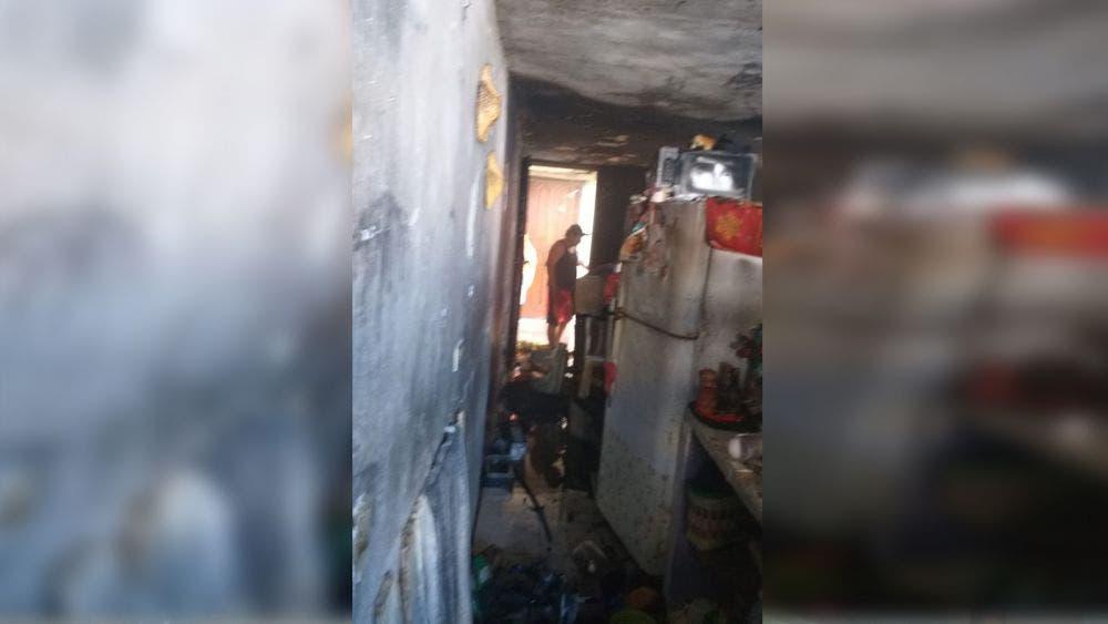 Cancún: Incendio consume departamento en la colonia Corales