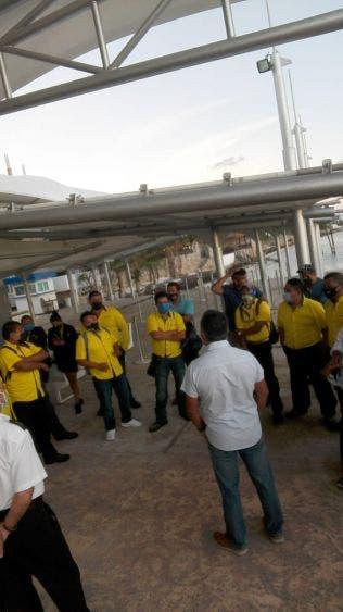 Video: Estalla huelga de trabajadores de Ultramar en Isla Mujeres