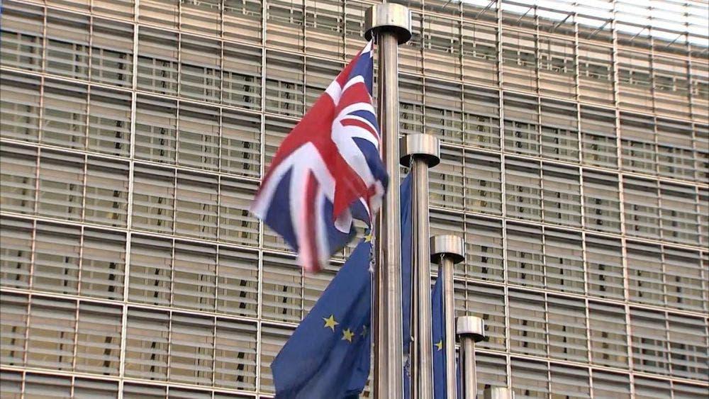 Convoca la Unión Europea reunión de emergencia ante nueva cepa del Covid-19