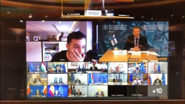 Se cuela a reunión virtual de ministros y lo amenazan con llamar a la policía