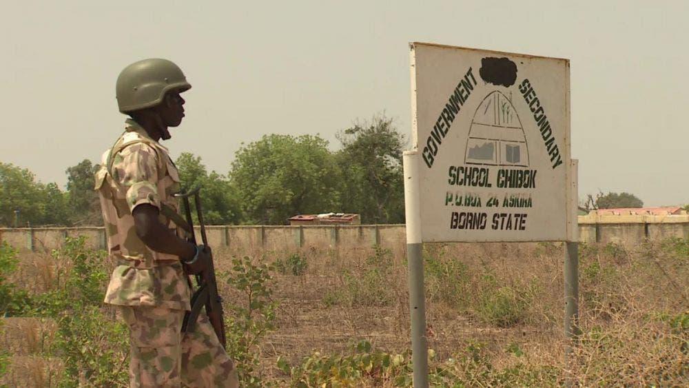 Grupo terrorista islámico secuestra a 300 estudiantes en Nigeria.