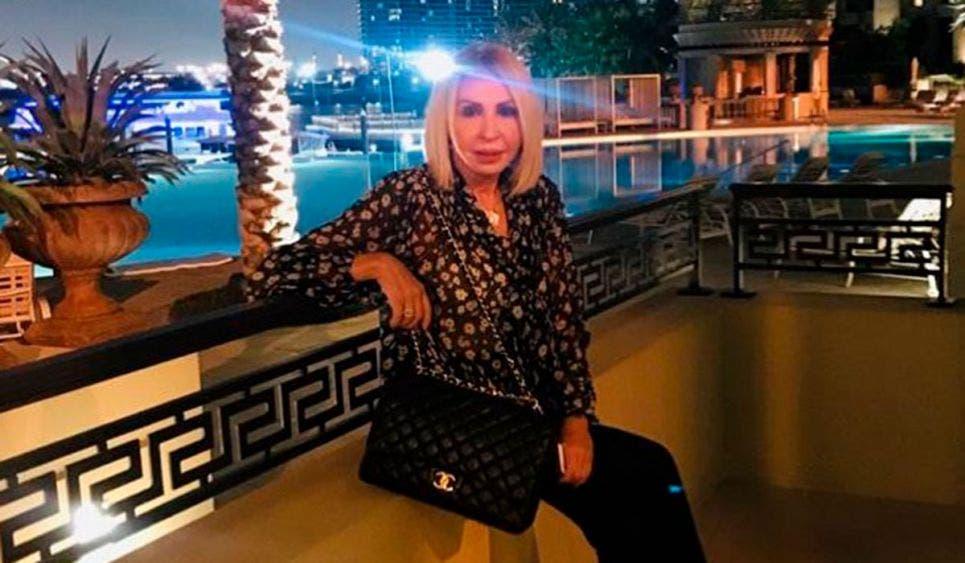 Se despide Laura Bozzo del 2020 con impactante traje