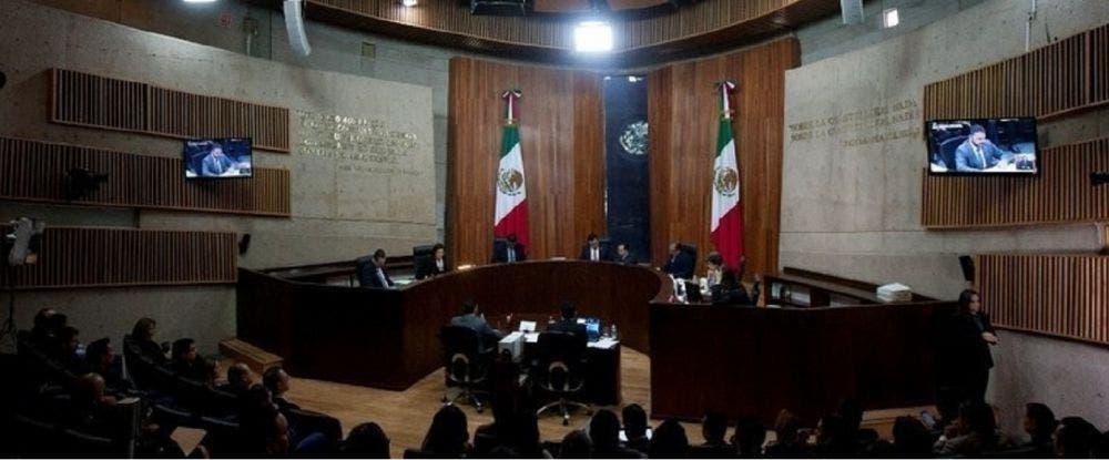Anula Tribunal Electoral federal medidas del INE contra AMLO