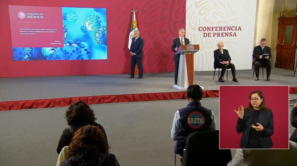 Presenta López-Gatell plan de vacunación en México