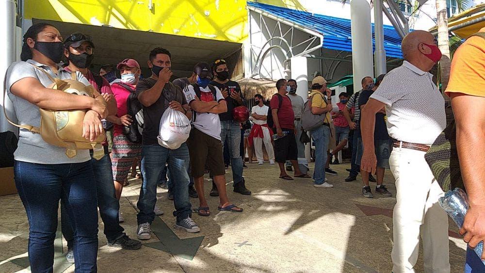 Preliminar: Estalla huelga de trabajadores de Ultramar en Isla Mujeres.