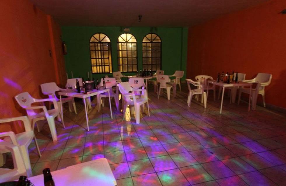 Autoridades aseguran casa que funcionaba como bar clandestino en Tizimín