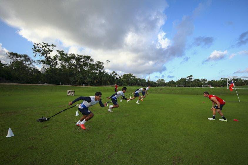 Liga MX: Chivas ya entrena en Playa del Carmen, también vendrán a Cancún