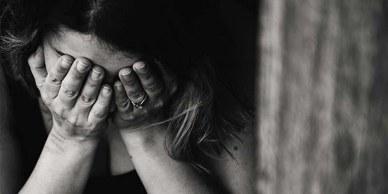 Mujer intenta suicidarse tras la derrota del Cruz Azul