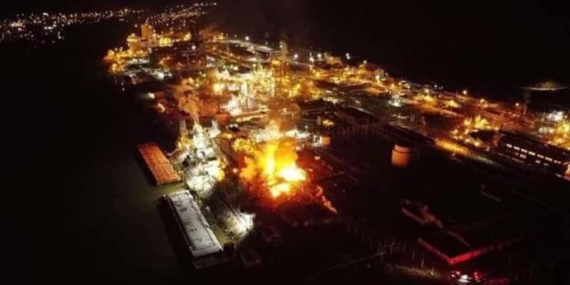 Terrible explosión en planta química deja heridos