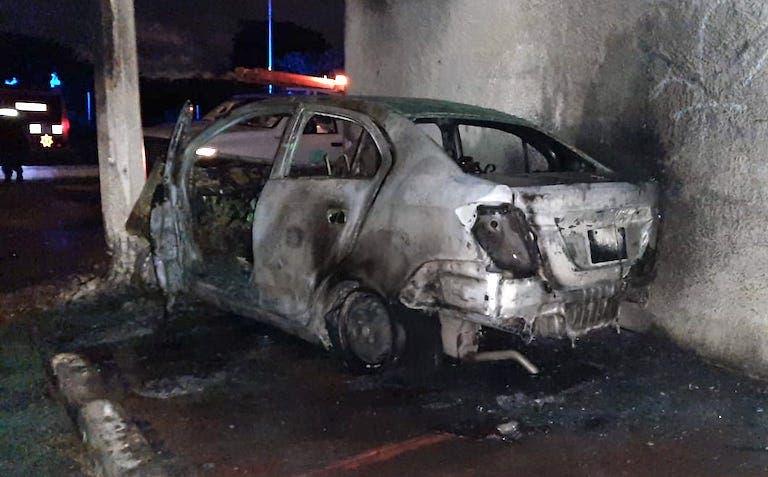 Conductor alcoholizado se salva de morir calcinado tras chocar contra un poste en Mérida