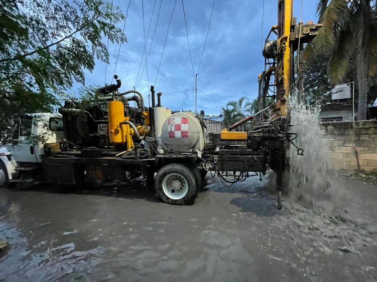 Se prolongarán hasta el jueves las lluvias en Cancún; trabajan brigadas para evitar grandes anegaciones en la ciudad.