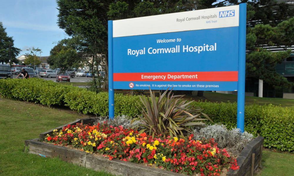 Paciente de 61 años contrae Covid-19 y ¡se cura de cáncer! Médicos de Reino Unido investigan el extraño caso de un paciente de 61 años con Linfoma de Hodgkin.