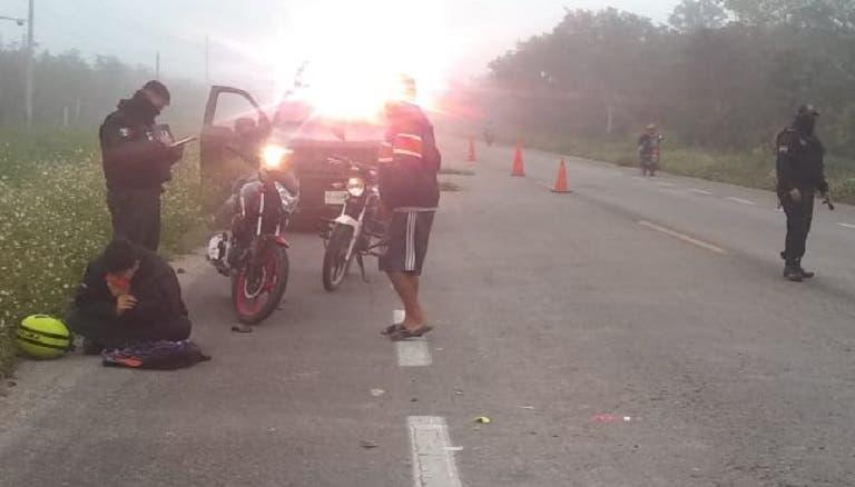Conductor se da a la fuga tras chocar con una moto en la vía San Antonio Cámara-Buctzotz