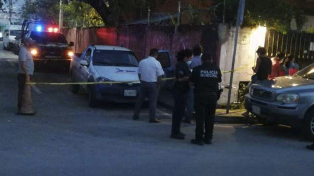Roban con violencia auto y dinero a diligenciero en Playa Del Carmen