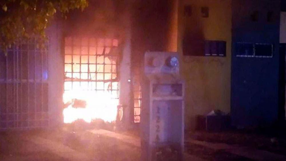 Asesinan a una familia entre ellos un menor de edad; queman su casa