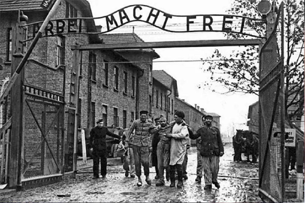Auschwitz, hoy hace 76 años fue el día de la liberación