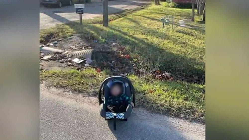 Abandonan a bebé en la calle, repartidor lo rescata