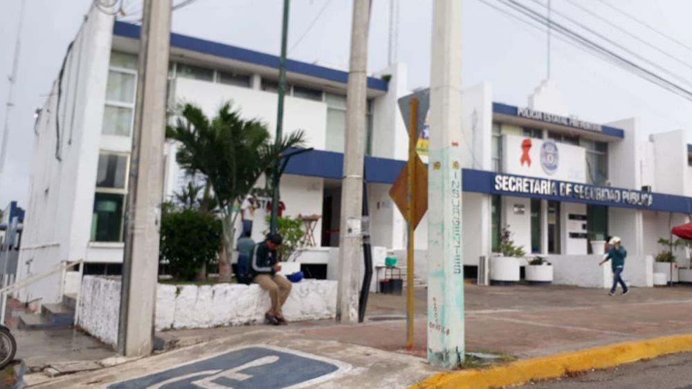 Festejan policías de Quintana Roo su día, entre carencias