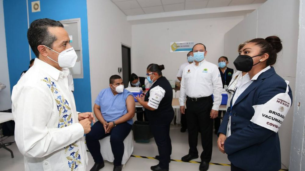 Quintana Roo es el primer estado del país en cumplir con la meta de vacunación: Carlos Joaquín