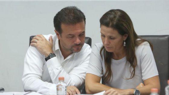 Preocupado alcalde de Cozumel; su esposa presenta síntomas de Covid-19.