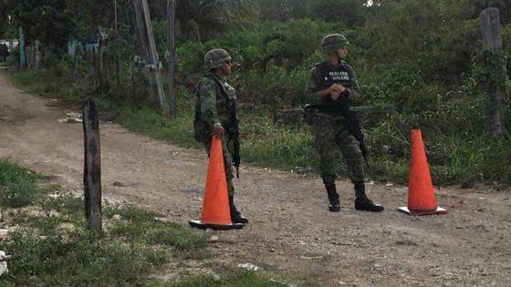 Detienen a sujetos fuertemente armados cerca de Chetumal