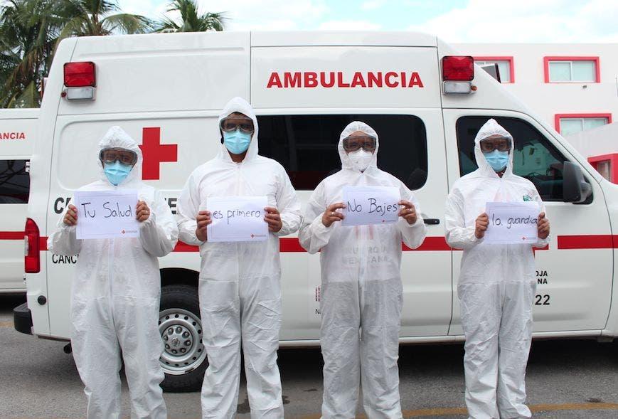 Paramédicos de Cruz Roja Cancún no saben si serán vacunados contra Covid-19  - Turquesa News