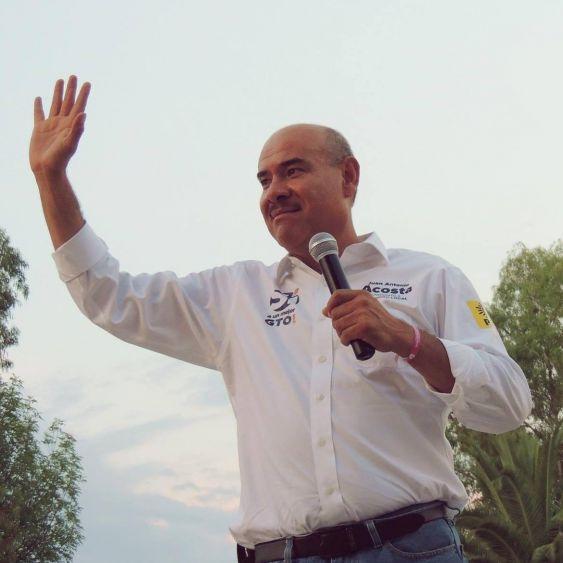 Ejecutan al diputado del PAN en Guanajuato; Juan Antonio Acosta Cano se ejercitaba cuando un sicario le disparó por la espalda.