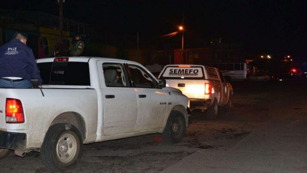 Sujetos atacan a balazos a asistentes de fiesta infantil; dos muertos