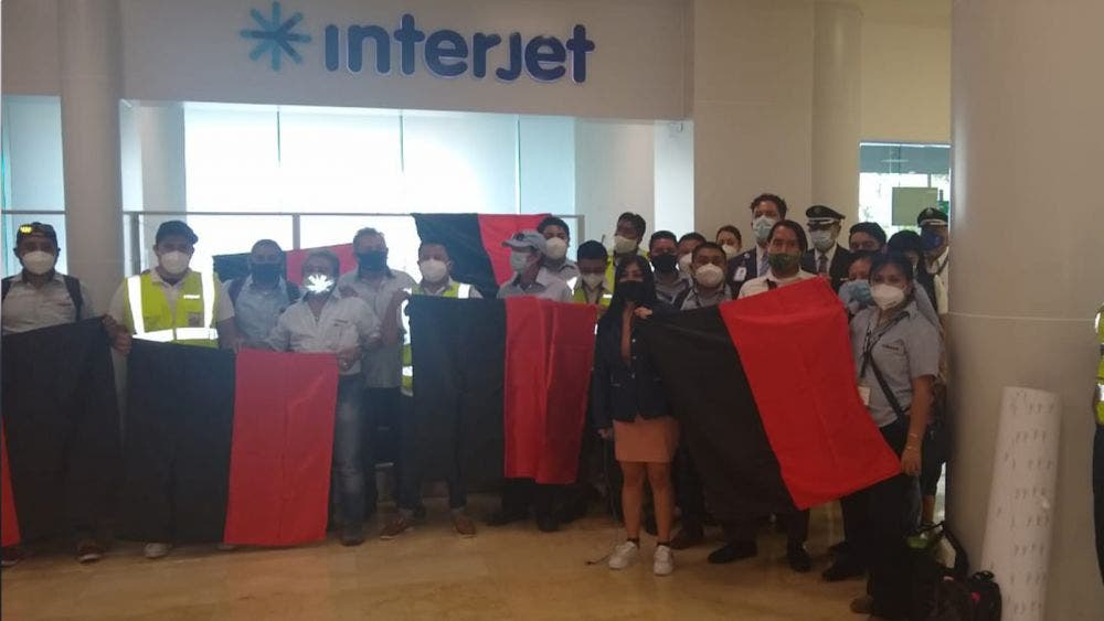 Se unen empleados de Interjet Cancún a huelga nacional