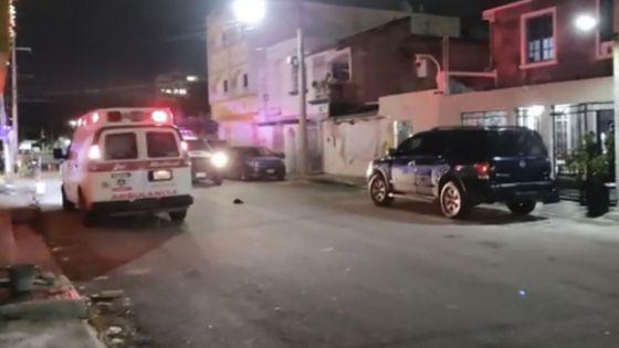 En medio de balacera, levantan a persona en la SM 95 de Cancún