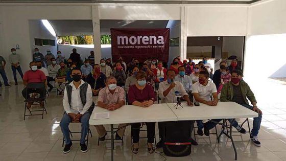 En Chetumal militantes de Morena rechazan la alianza con el PT y PVEM.