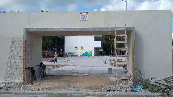 Construye gobierno nueva secundaria en Puerto Morelos