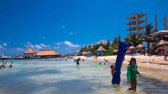 Las Perlas, primer playa de Cancún libre de tabaco