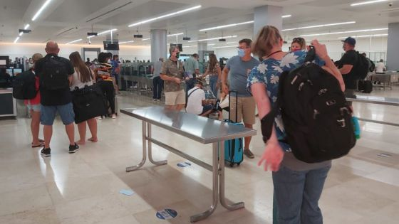 Operadoras terrestres de Cancún aplican pruebas PCR a turistas