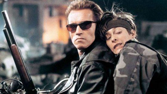 """Video: Invita """"Terminator"""" a vacunarse con su famosa frase"""