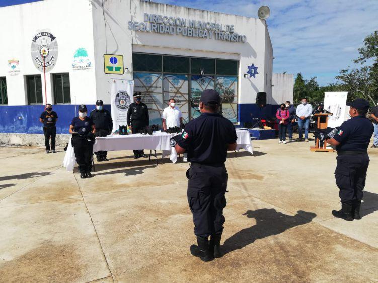 Reconocen la labor policial en Lázaro Cárdenas.