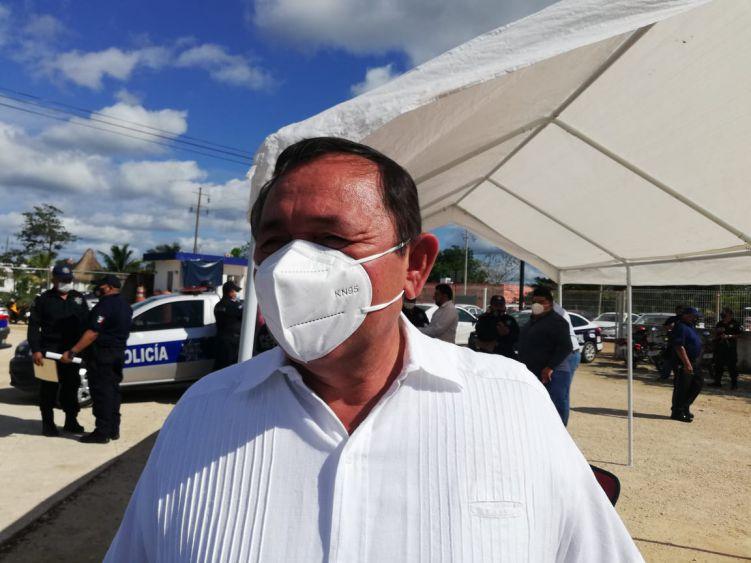 Islas turísticas como Holbox recibirán la vacuna contra el Covid-19; hay un proyecto de nación al respecto, da a conocer Nivardo Villanueva, edil de Lázaro Cárdenas.