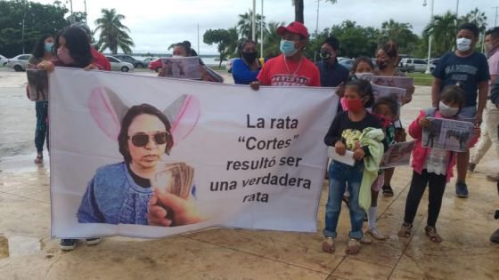 Acusan de despojo a Fabiola Cortés, de 'Somos Tus Ojos'.