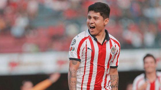 Chofis López muy cerca de conseguir equipo en México