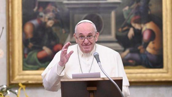 Video: Sermonea el Papa a quienes vacacionan en plena pandemia.